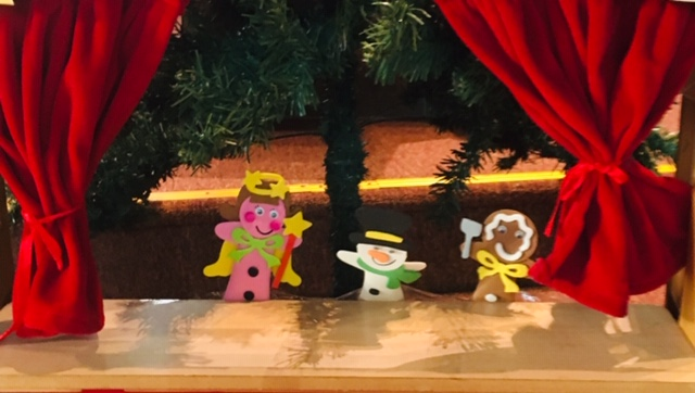 Behind The Scenes Of The Christmas Production – Teachers' Version